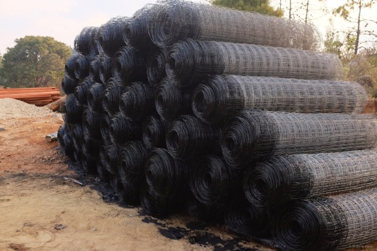 Bitumin dipped veld fence