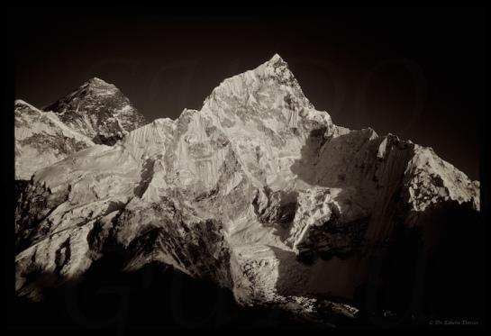 Eastern Highlander visits Everest