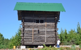 Building a real log cabin – part 4 – modifications begin