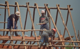 Post and beam construction – overhanging gable end – 11 Jan21