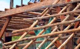 Post and beam construction –  mbariro or battens for thatching – 5 and 6 Jan21